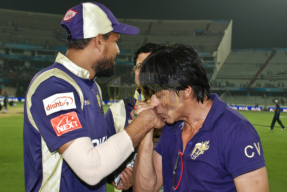 KKR owner Sarukh Khan congratulates Yusuf Pathan during match 42 of the Indian Premier League ( IPL ) between the Deccan Chargers and the Kolkata Knight Riders held at the Rajiv Gandhi International Cricket Stadium in Hyderabad on the 3rd May 2011..Photo by Saikat Das/BCCI/SPORTZPICS