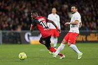 Younousse SANKHARE / Ezequiel LAVEZZI  - 14.12.2014 - Guingamp / PSG - 18eme journee de Ligue1<br />Photo : Vincent Michel / Icon Sport