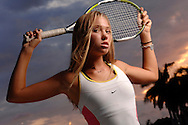 Lifestyle woman playing tennis