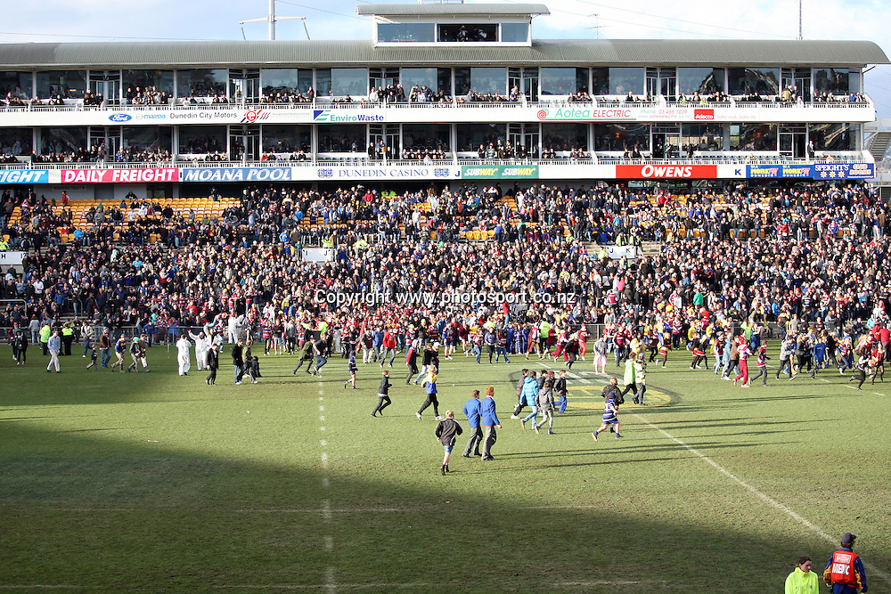 The big terrace crowd invade Carisbrook.<br /> Rugby - ITM Cup - Otago v Southland, 6 August 2011, Carisbrook, Dunedin, New Zealand.<br /> Photo: Rob Jefferies/PHOTOSPORT