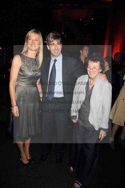 Left to right, TIM & LADY HELEN TAYLOR and artist BRIDGET RILEY at the annual Serpentine Gallery Summer Party in Kensington Gardens, London on 9th September 2008.