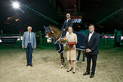 Clee Joe, (GBR), Utamaro D Ecaussines with owners Mr. and Mrs. Kriel<br /> Landbouwleven Paard van het Jaar<br /> Vlaanderen Kerstjumping - Memorial Eric Wauters - <br /> Mechelen 2015<br /> © Hippo Foto - Dirk Caremans<br /> 28/12/15