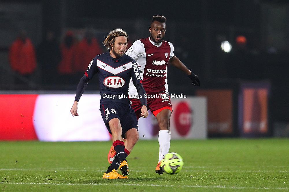 Jaroslav PLASIL / Cheick DOUKOURE - 03.12.2014 - Metz / Bordeaux - 16eme journee de Ligue 1 -<br />Photo : Fred Marvaux / Icon Sport