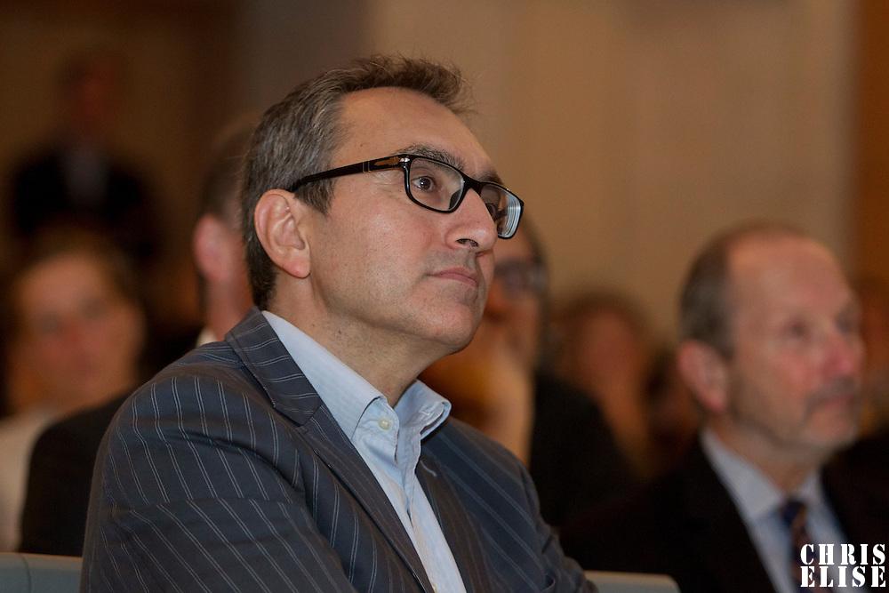 22 Septembre 2011: Mode et E-commerce, les nouvelles stratégies de développement, Amphitheatre Goya, Ecole du Louvre, Paris, France.