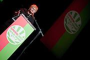Ineke van Gent houdt een betoog op het congres van GroenLinks. In Utrecht vindt het 30e partijcongres plaats van GroenLinks. Een van de heikele punten is de missie naar Kunduz. Ook wordt een nieuwe partijvoorzitter gekozen.<br /> <br /> Ineke van Gent is speeching at the convention. The Dutch party GroenLinks (Green party) holds its 30th convention in Utrecht. One of the big issues is the mission to Kunduz. They will also elect the new chairman of the party.