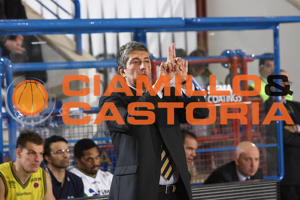 DESCRIZIONE : Porto San Giorgio Lega A 2009-10 Sigma Coatings Montegranaro Angelico Biella<br /> GIOCATORE : Fabrizio Frates<br /> SQUADRA : Sigma Coatings Montegranaro <br /> EVENTO : Campionato Lega A 2009-2010 <br /> GARA : Sigma Coatings Montegranaro Angelico Biella<br /> DATA : 13/12/2009<br /> CATEGORIA : coach shema<br /> SPORT : Pallacanestro <br /> AUTORE : Agenzia Ciamillo-Castoria/C.De Massis<br /> Galleria : Lega Basket A 2009-2010 <br /> Fotonotizia : Porto San Giorgio Lega A 2009-10 Sigma Coatings Montegranaro Angelico Biella<br /> Predefinita :