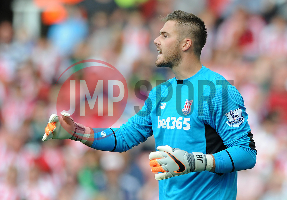 Jack Butland of Stoke City - Mandatory byline: Dougie Allward/JMP - 07966386802 - 09/08/2015 - FOOTBALL - Britannia Stadium -Stoke-On-Trent,England - Stoke City v Liverpool - Barclays Premier League