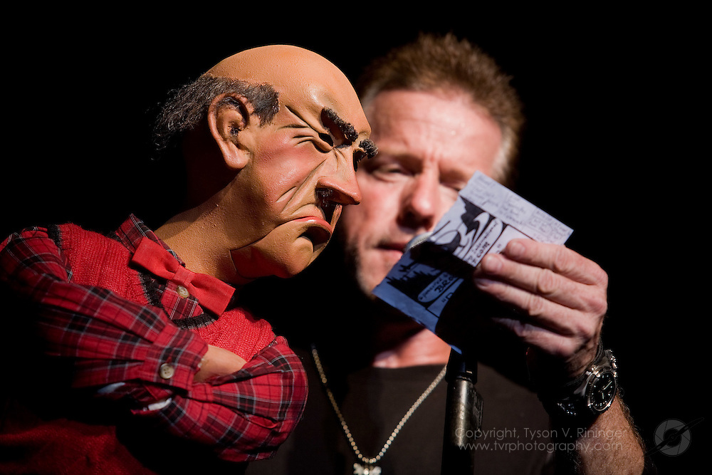 Jeff Dunham and Walter perform at Theater in the Woods