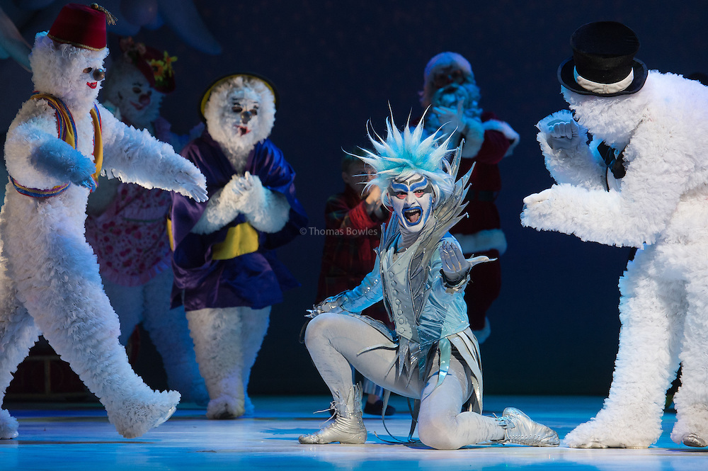 London,  UK, 26th November  2014, Dress Rehearsal of The Snowman at the Peacock Theatre.  Domenico Ramelli as Jack Frost.<br />