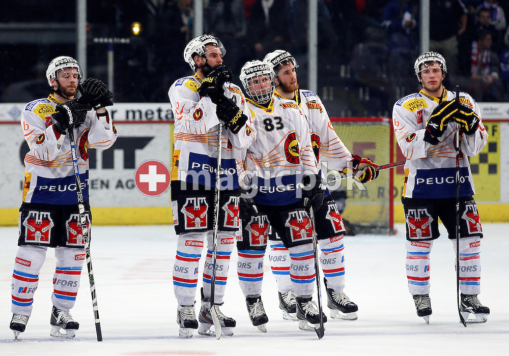 (L-R) SC Bern players David Jobin, Philippe Furrer, Christoph Bertschy, Geoff Kinrade and Pascal Berger are disappointed after loosing ice hockey game two of the Swiss National League A (Season 2011-2012) Playoff Final between ZSC Lions (ZSC) and SC Bern (SCB) held at the Hallenstadion in Zurich, Switzerland, Thursday, April 5, 2012. (Photo by Patrick B. Kraemer / MAGICPBK)