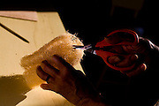 Mariana_MG, 29 de Abril de 2009...Instituto Estrada real - Rota Imperial...Documentacao fotografica da Rota Imperial, antiga estrada historica cahamada Sao Pedro de Alcantra que liga Ouro Preto a Vitoria...Na foto, artesanato feito a partir de buchas naturais...Foto: LEO DRUMOND / NITRO.