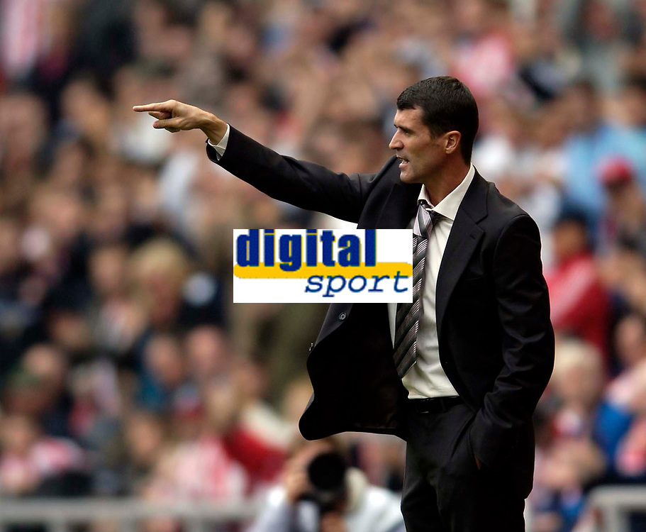 Photo: Jed Wee.<br />Sunderland v Leicester City. Coca Cola Championship. 16/09/2006.<br /><br />Sunderland manager Roy Keane takes charge of his first game at the Stadium of Light.