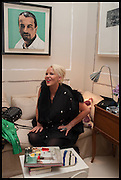 AMANDA ELIASCH, Nicky Haslam hosts a party to launch a book by  Maureen Footer 'George Stacey and the Creation of American Chic' . With a foreword by Mario Buatta. Kensington. London. 11 June 2014