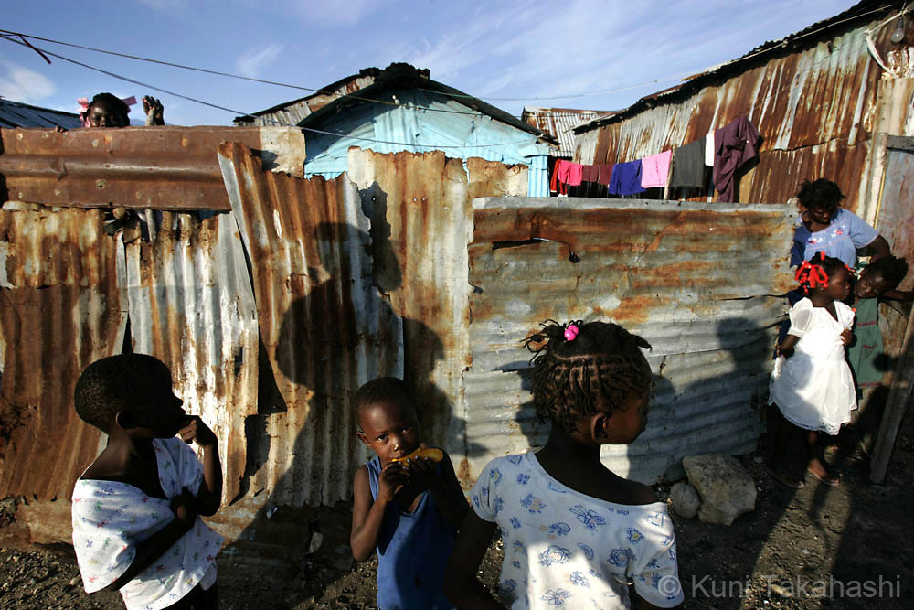 Port au Prince, Cite de Soleil, Haiti. May 2007