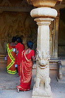 Inde, etat du Tamil Nadu, Mamallapuram ou Mahabalipuram, Varahu Mandapa, patrimoine mondial de l Unesco // India, Tamil Nadu, Mamallapuram or Mahabalipuram, Varahu Mandapa, Unesco world heritage