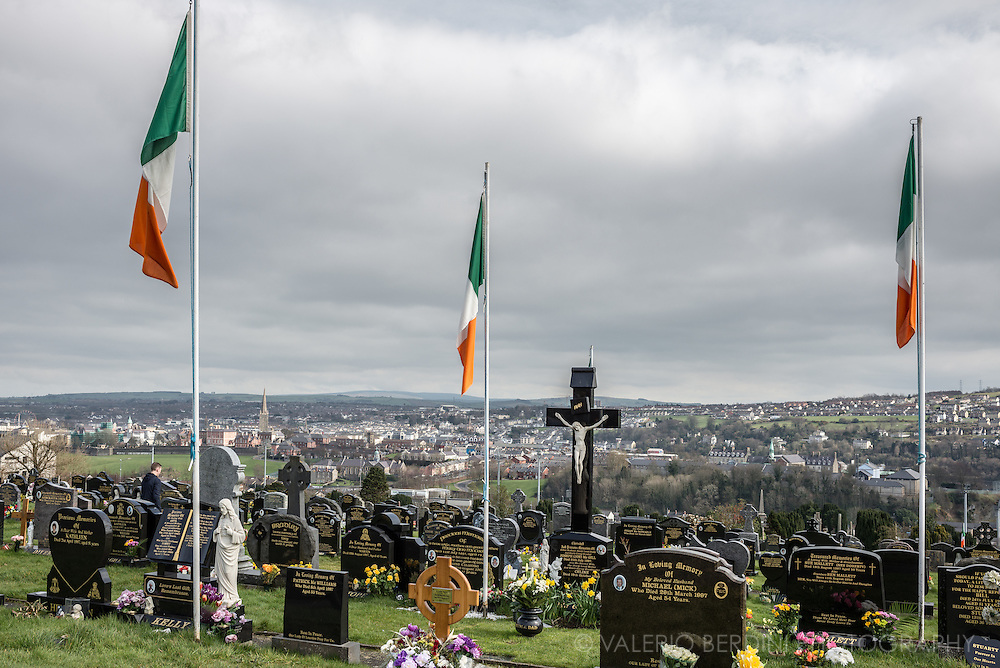 Irish flags at Derry cemetery on Easter day in honour of the IRA volounteers dead on the Troubles that afflicted the city in the past decades.