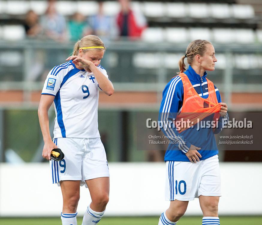 Laura Österberg Kalmari. Suomi - Italia. MM-karsintaottelu. Naiset. Vantaa. 23.6.2010. Photo: Jussi Eskola