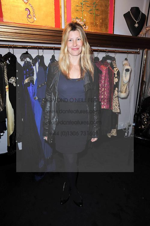SARA PARKER BOWLES at the opening of Jade Jagger's shop at 43 All Saints Road, London W11 on 25th November 2009.