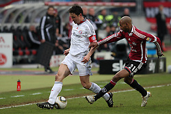 20.02.2010, EasyCredit Stadion, Nürnberg, GER, 1. FBL, 1. FC Nuernberg vs FC Bayern Muenchen, Saison 09 10, im Bild Zweikampf zwischen Mickael Tavares (FCN #21) und Mark von Bommel (Bayern #17). EXPA Pictures © 2010 for Austria, Italy and GBR only, Photographer EXPA / NPH  / Becher / for Slovenia SPORTIDA PHOTO AGENCY.