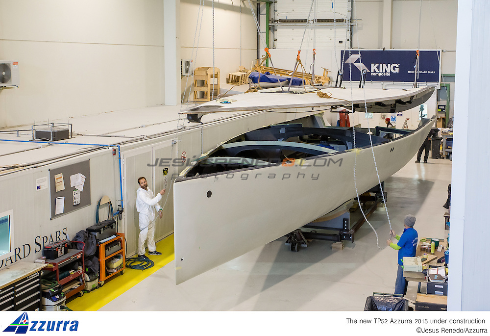"""Tp 52 Azzurra 2015, desgined by """" Botin Partners"""" and build in King Composites, Valencia. Firsts stages of building in Valencia"""