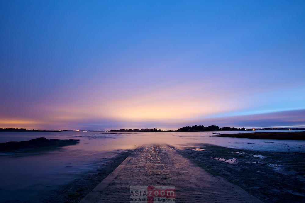 Acces a l'ile de Tascon dans le Golfe du Morbihan