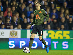 READING, ENGLAND - Tuesday, September 22, 2015: Everton's John Stones in action against Reading during the Football League Cup 3rd Round match at the Madejski Stadium. (Pic by David Rawcliffe/Propaganda)