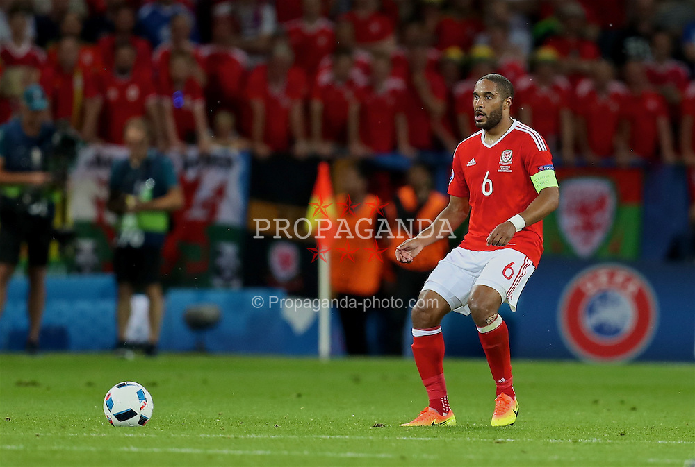 TOULOUSE, FRANCE - Monday, June 20, 2016: Wales' captain Ashley Williams in action against Russia during the final Group B UEFA Euro 2016 Championship match at Stadium de Toulouse. (Pic by David Rawcliffe/Propaganda)