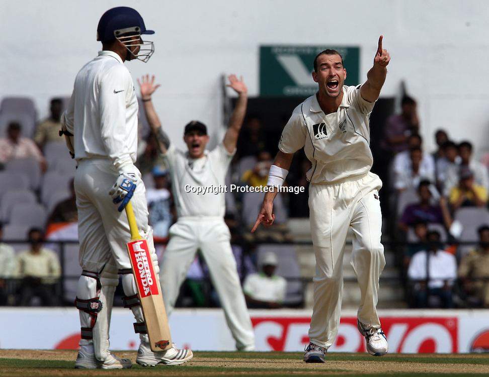 New Zealand bowler Andy McKay appeal to umpire Simon Taufel Against Indian batsman Gautam Gambhir during The India vs New Zealand 3rd test match day-2 Played at Vidarbha Cricket Association Stadium, Jamtha, Nagpur, 21, November 2010 (5-day match)