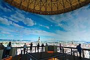 asisi Panometer, Dresden Panorama von 1756, Besucher auf Aussichtsterrasse, Reick, Dresden, Sachsen, Deutschland.|.asisi panometer, Dresden panorama from 1756, Reick, Dresden, Germany