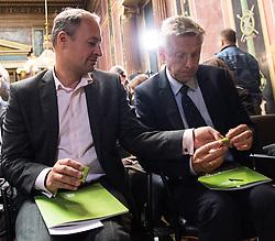 17.10.2016, Parlament, Wien, AUT, Grüne, Festveranstaltung anlässlich 30 Jahre Grüne im Parlament. im Bild v.l.n.r. Klubobmann SPÖ Andreas Schieder und ÖVP Klubobmann Reinhold Lopatka // f.l.t.r. Leader of the Parliamentary Group SPOe Andreas Schieder and Leader of the Parliamentary Group OeVP Reinhold Lopatka during ceremony due to 30 years of the green party in the austrian parliament in Vienna, Austria on 2016/10/17. EXPA Pictures © 2016, PhotoCredit: EXPA/ Michael Gruber