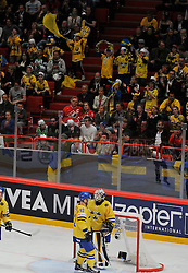 01.05.2013, Globe Arena, Stockholm, SWE, IIHF, Eishockey WM, Vorberichte, im Bild fans supprter Sverige Sweden Sverige Sweden 1 Goalkeeper Jhonas Enroth // during the IIHF Icehockey World Championship Game between Canada and Sweden at the Ericsson Globe, Stockholm, Sweden on 2013/05/16. EXPA Pictures © 2013, PhotoCredit: EXPA/ PicAgency Skycam/ Simone Syversson..***** ATTENTION - OUT OF SWE *****