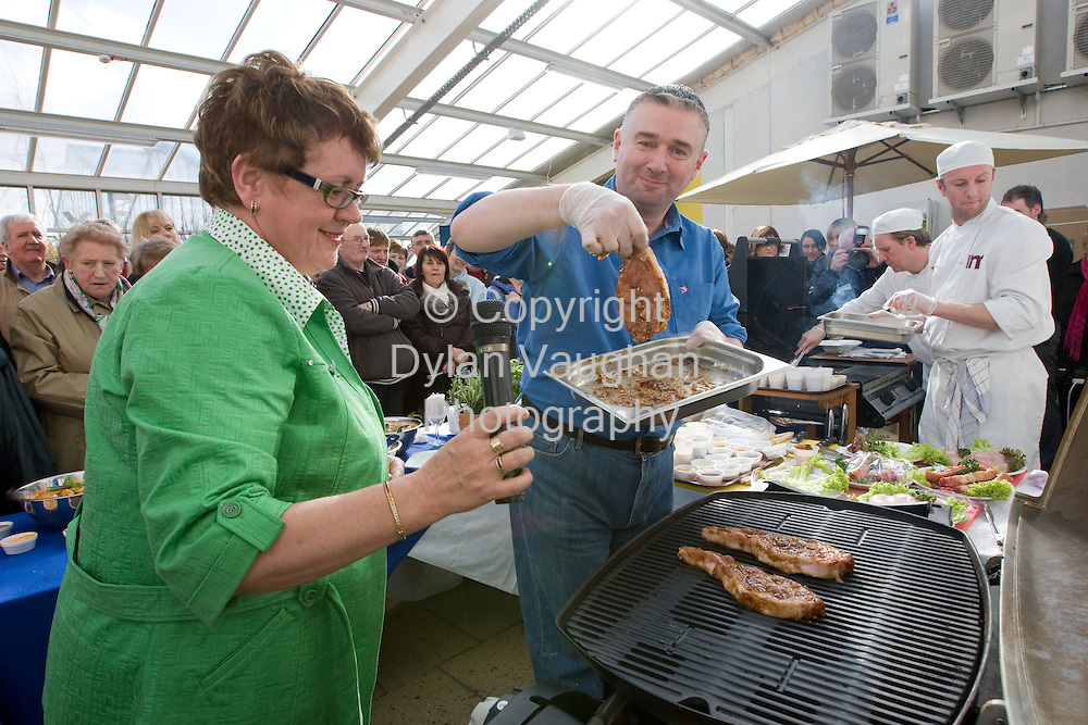29/3/2008.free picture no charge for use.Gardening personality Dermot O' Neill pictured giving a barbecue cooking demonstration at the opening of the new Inspiration Garden at the Arboretum in Leighlinbridge in Carlow on Saturday..Also in the picture is Rachel Doyle Arboretum owner..Picture Dylan Vaughan...for further information please contact .Finola Howard.The Marketing Table.Tel: 059 9183206.Mobile: 087 681 3096.