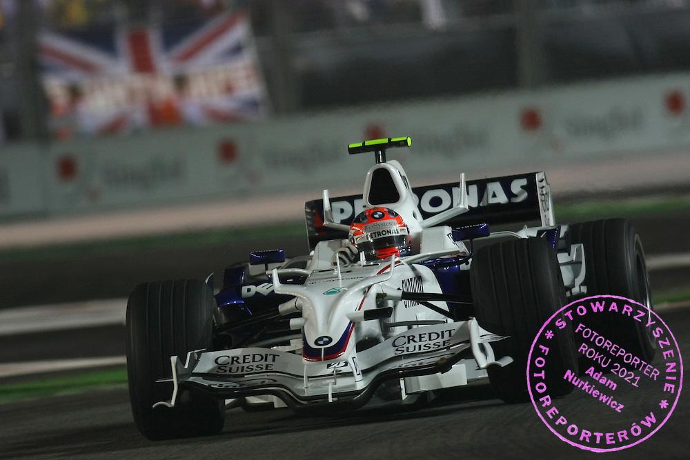28.09.2008 Singapore City, Singapore, .Robert Kubica (POL), BMW Sauber F1 Team, F1.08 - Formula 1 World Championship, Rd 15, Singapore Grand Prix, Sunday Race .FOT. XPB.CC / WROFOTO.*** POLAND ONLY !!! ***.*** NO INTERNET / MOBILE USAGE !!! ***