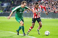 EINDHOVEN - PSV - SC Genemuiden , Voetbal , KNVB Beker , Seizoen 2015/2016 , Philips stadion , 25-10-2015 , Genemuiden speler Christian Riemens (l) in duel met PSV speler Joshua Brenet (r)