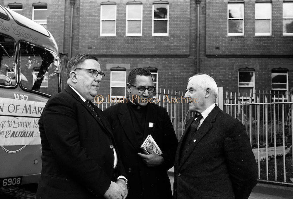 3/9/1964<br /> 9/3/1964<br /> 03 September 1964<br /> <br /> Mr. Frank Duff President of the Irish Central Governing body for the Legion of Mary, Rev. Fr. Allen M. Simpson Pastor at St. Peter of the Fields Church in Rootstown Ohio and Mr Frederick Charles Mallt the Directtor of Catholic Travel Office in Washington D.C.