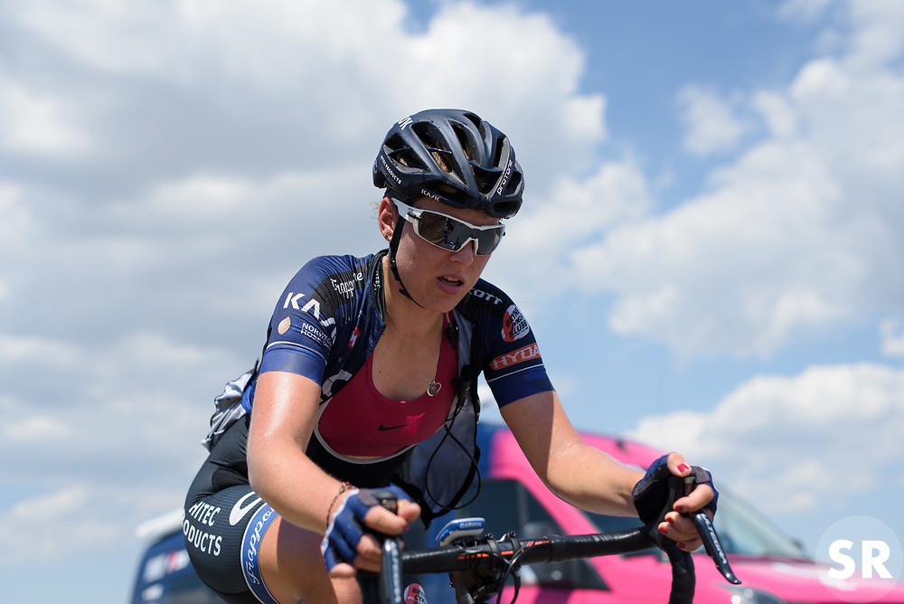 Thea Thorsen battles up the climb on Stage 7 of the Giro Rosa - a 141.9 km road race, between Isernia and Baronissi on July 6, 2017, in Isernia, Italy. (Photo by Sean Robinson/Velofocus.com)