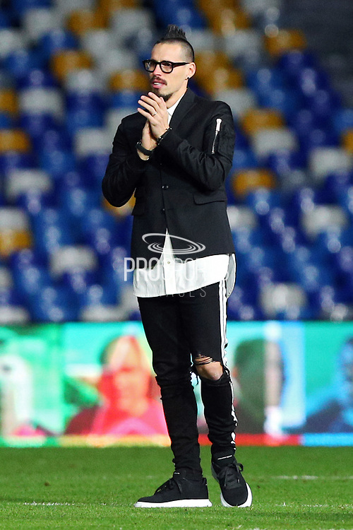 Marek Hamsik greets Napoli supporters at half time during the UEFA Champions League, Group E football match between SSC Napoli and KRC Genk on December 10, 2019 at Stadio San Paolo in Naples, Italy - Photo Federico Proietti / ProSportsImages / DPPI