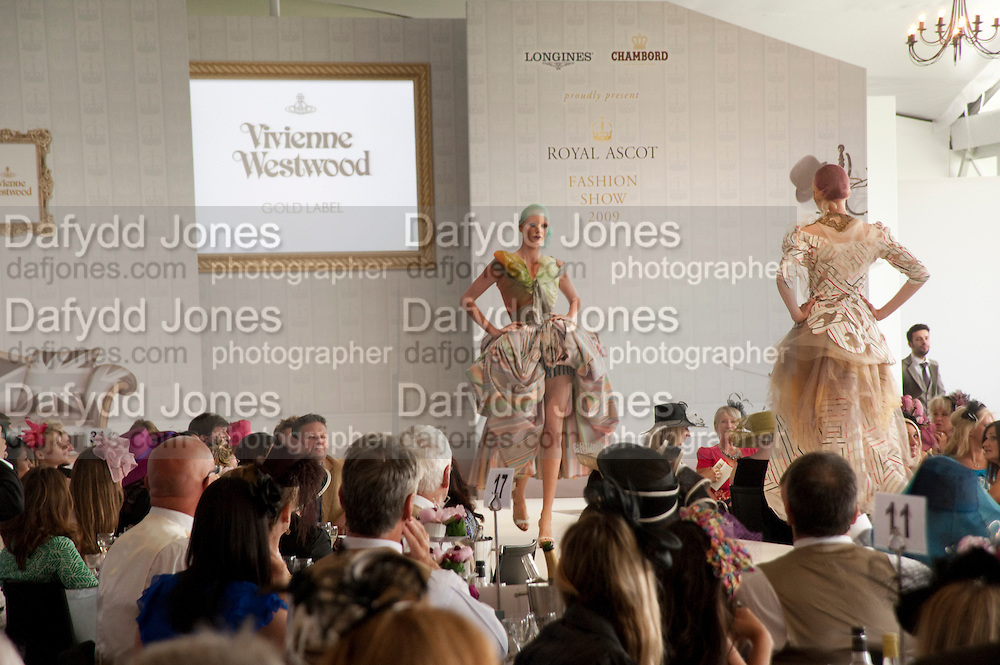 Fashion shows in the Besborough Restaurant during Ascot week. Ascot. Tuesday 16 June 2009.