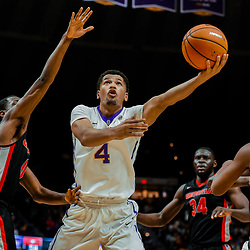 Jan 16, 2018; Baton Rouge, LA, USA; LSU Tigers guard Skylar Mays (4) shoots over Georgia Bulldogs guard William Jackson II (0) during the second half at the Pete Maravich Assembly Center. Georgia defeated LSU 61-60. Mandatory Credit: Derick E. Hingle-USA TODAY Sports