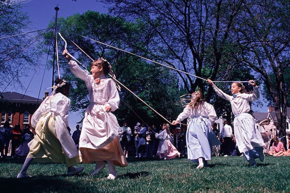 Delaware, Dover, 'Old Dover Days' , girls maypole dancing