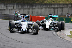 26.07.2015, Hungaroring, Budapest, HUN, FIA, Formel 1, Grand Prix von Ungarn, das Rennen, im Bild Lewis Hamilton (Mercedes AMG Petronas Formula One Team) im Zweikampf mit Felipe Massa (Williams F1 Team/Mercedes) // during the race of the Hungarian Formula One Grand Prix at the Hungaroring in Budapest, Hungary on 2015/07/26. EXPA Pictures &copy; 2015, PhotoCredit: EXPA/ Eibner-Pressefoto/ Bermel<br /> <br /> *****ATTENTION - OUT of GER*****