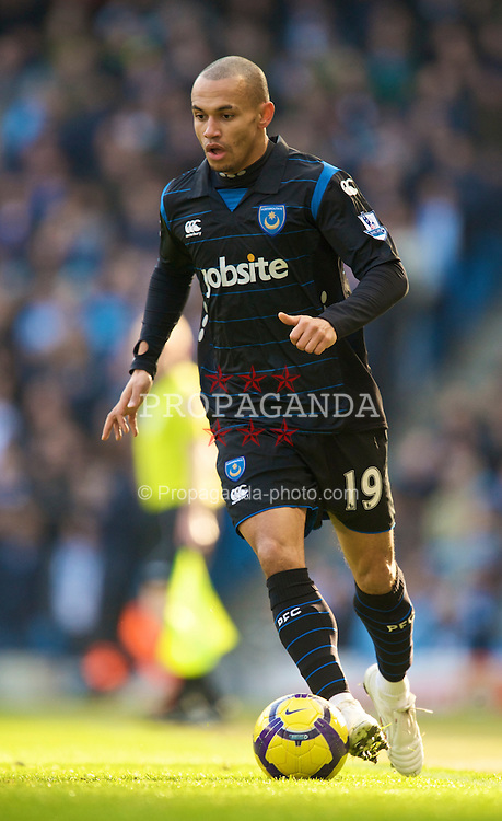 MANCHESTER, ENGLAND - Sunday, January 31, 2010: Portsmouth's Danny Webber in action against Manchester City during the Premiership match at the City of Manchester Stadium. (Photo by David Rawcliffe/Propaganda)