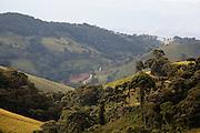 Goncalves_MG, Brasil...Paisagem rural em Goncalves...The rural landscape in Goncalves...Foto: LEO DRUMOND / NITRO.....