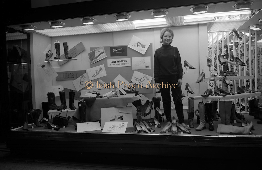 3/11/1967<br /> 11/3/1967<br /> 3 November 1967<br /> <br /> View of the Window Display at Fitzpatricks Shoe Store on Grafton St