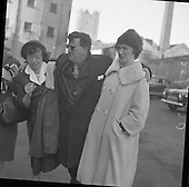 1961-09/02 Brendan Behan Leaves the High Court