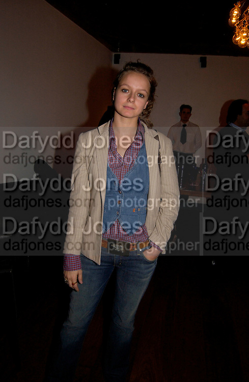 Samantha Morton, Samantha Morton presents Ken Loach's 'Ladybird Ladybird, electric cinema,3 November 2003.  © Copyright Photograph by Dafydd Jones 66 Stockwell Park Rd. London SW9 0DA Tel 020 7733 0108 www.dafjones.com