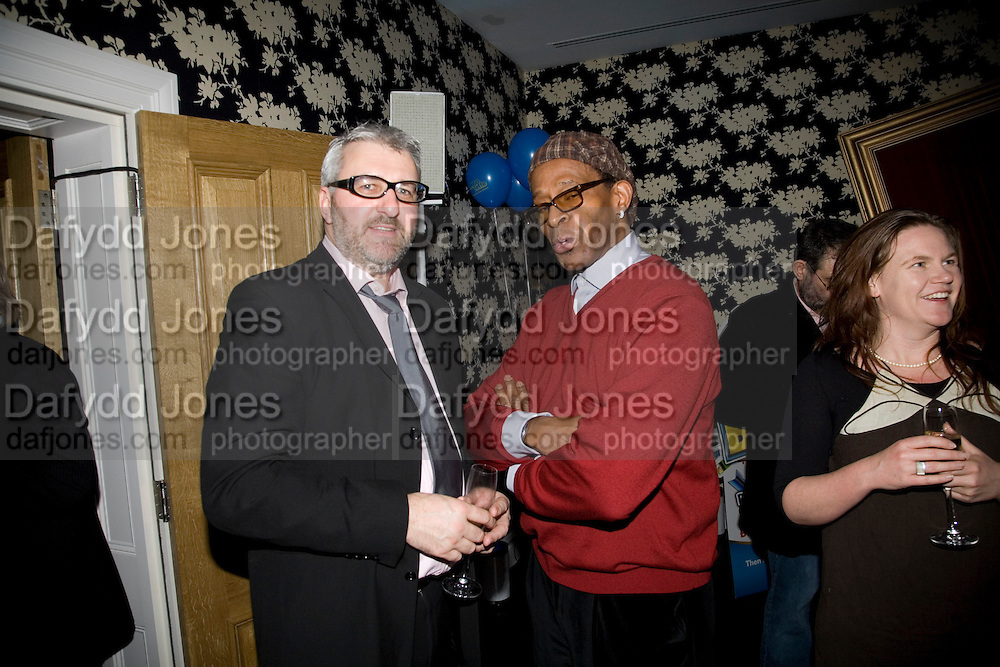 KEN WALTERS AND ANTONIO FARGAS, Bingo Lotto launch party. Soho Hotel Richmond Mews. London. 29 February 2008.  *** Local Caption *** -DO NOT ARCHIVE-© Copyright Photograph by Dafydd Jones. 248 Clapham Rd. London SW9 0PZ. Tel 0207 820 0771. www.dafjones.com.