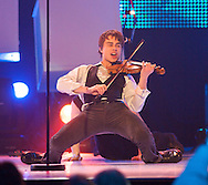 "Melodi Grand Prix 2009, delfinale Grenland, Alexander Rybak med ""Frikar"""