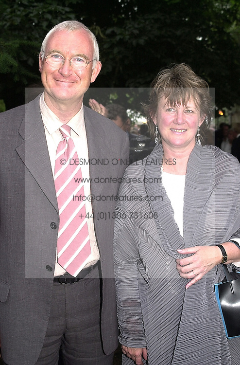 LORD &amp; LADY BIRT the former Director General of <br /> the BBC, at a party in London on 5th July 2000.OGB 152<br /> &copy; Desmond O&rsquo;Neill Features:- 020 8971 9600<br />    10 Victoria Mews, London.  SW18 3PY <br /> www.donfeatures.com   photos@donfeatures.com<br /> MINIMUM REPRODUCTION FEE AS AGREED.<br /> PHOTOGRAPH BY DOMINIC O'NEILL