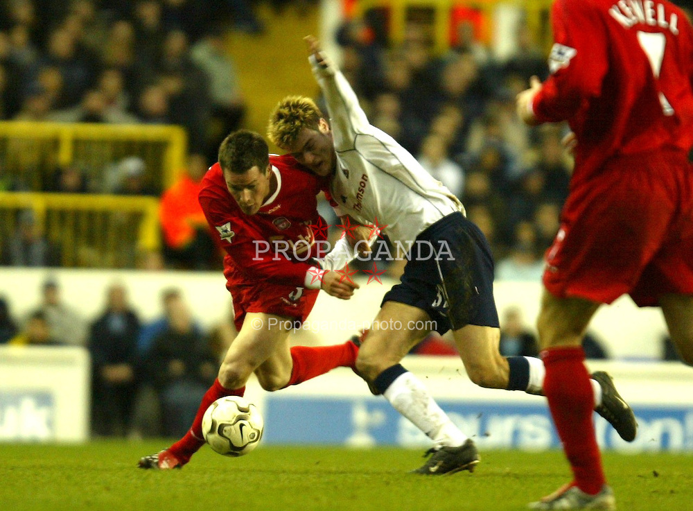 LONDON, ENGLAND - Saturday, January 17, 2004: Liverpool's Steve Finnan and Tottenham's Johnnie Jackson during the Premiership match at White Hart Lane. (Pic by David Rawcliffe/Propaganda)